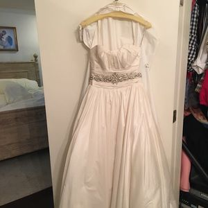 Maggie Sottero Wedding Dress Sz 4 - NEW